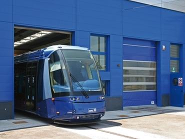 Rapid roll Doors Manchester, High speed Industrial doors UK